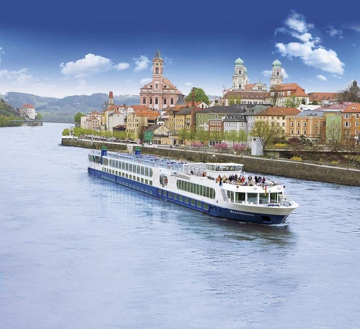 Uniworld Enchanting Danube Luxury River Cruise